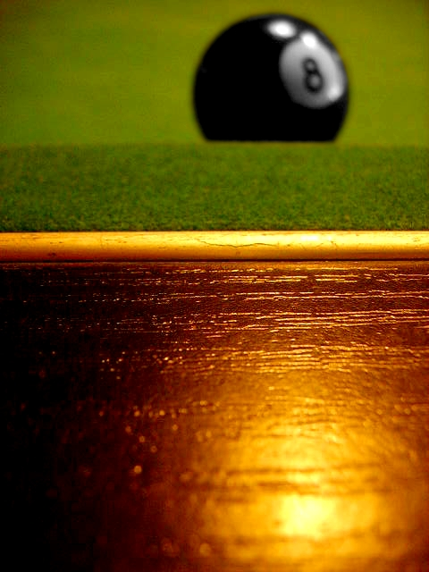 Billiard____by_Tcheshu