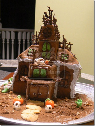 Haunted House Cake by SilverPassion thumb 100 Amazing Examples Of Art You Can Eat