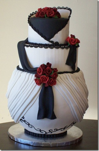 Izumik wedding cake by see through silence thumb 100 Amazing Examples Of Art You Can Eat
