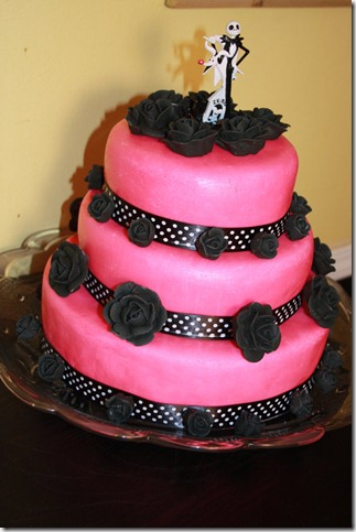 Pink Cake     by diepretty9 thumb 100 Amazing Examples Of Art You Can Eat