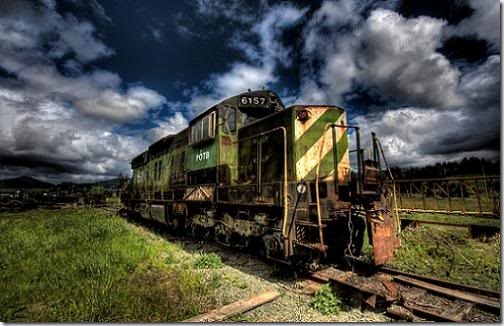 trainthumb thumb 40+ stunning HDR Pictures That Will Make You Look Again