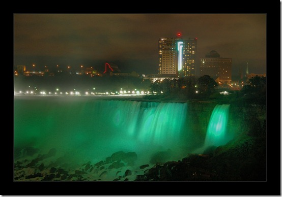 American Falls by  stimpy thumb 40 Amazing photos of Niagara Falls