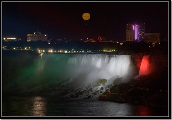 Evening in Niagara by IgorLaptev thumb 40 Amazing photos of Niagara Falls