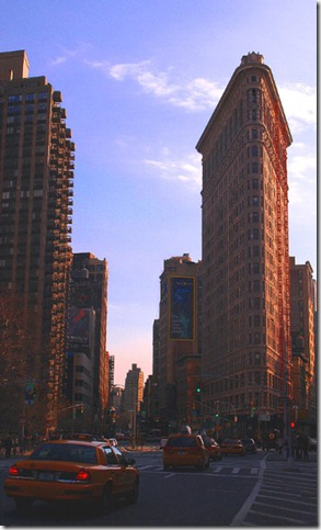 Flatiron_Building_by_Banglad3sh