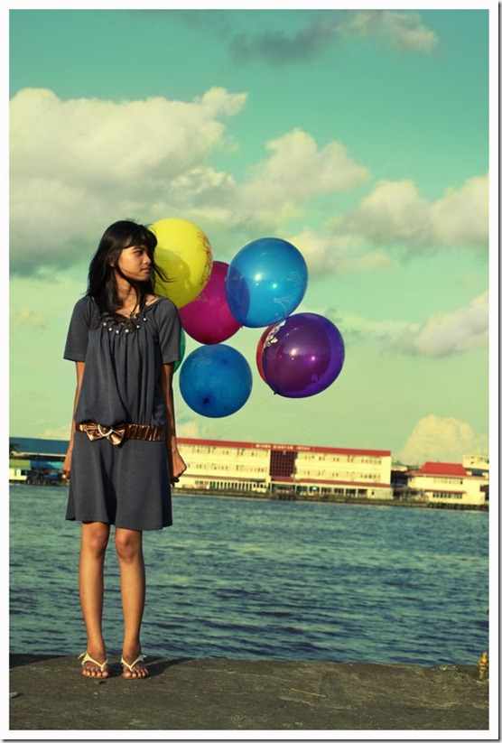 I have five ballon   by yudiari thumb 13 Dreamy Ballon Photography