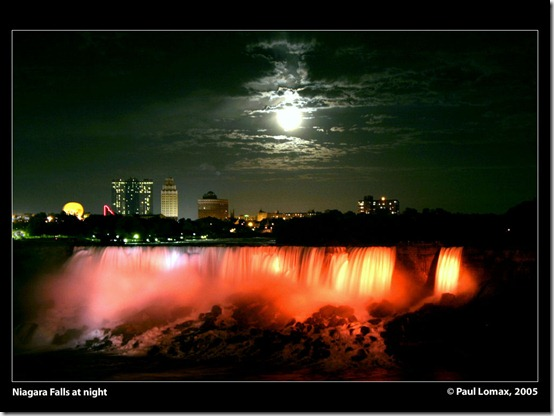 Niagara Falls at night by paullomax thumb 40 Amazing photos of Niagara Falls