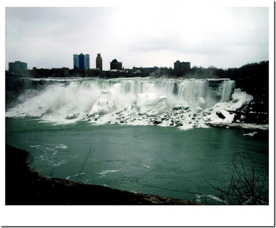 Niagara Falls by SarahxJane thumb 40 Amazing photos of Niagara Falls