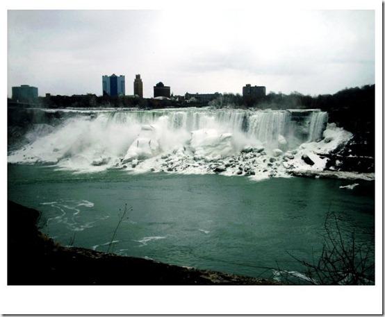 Niagara_Falls_by_SarahxJane