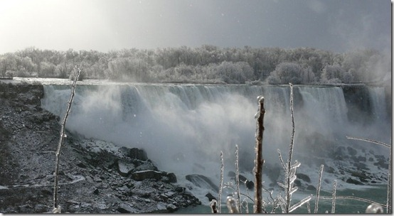 Niagara Falls by Tasky thumb 40 Amazing photos of Niagara Falls
