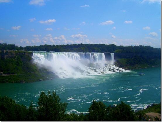 Niagara_Falls_by_Toby_Linn