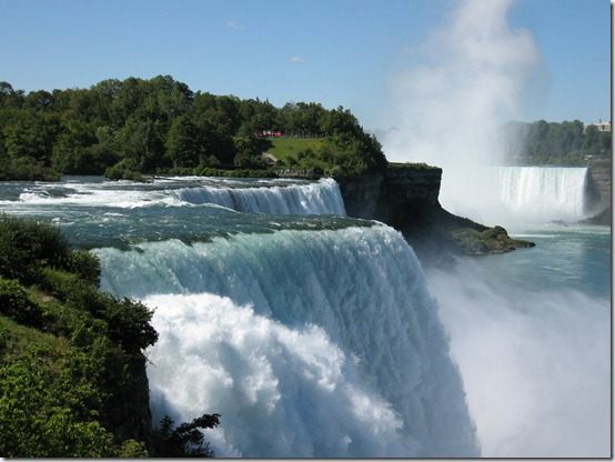 Niagara_Falls_by_emilio72