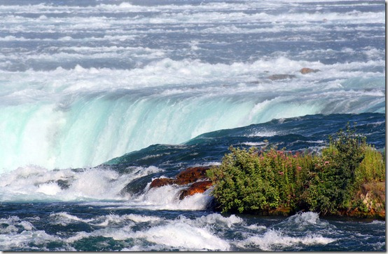 Niagara Falls by rosswillett thumb 40 Amazing photos of Niagara Falls
