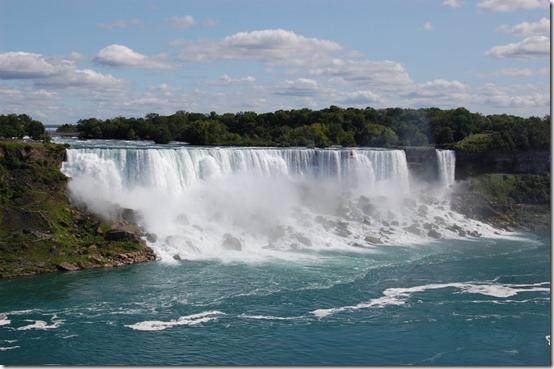 Niagara_Falls_by_thewrongkind
