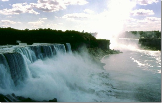Niagra Falls by BeachGirlNikita thumb 40 Amazing photos of Niagara Falls