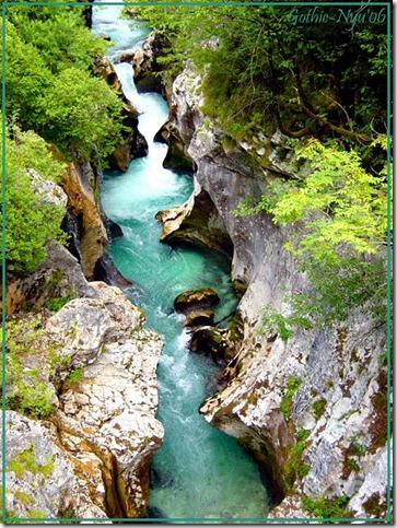 _River__by_Gothic_Nyu