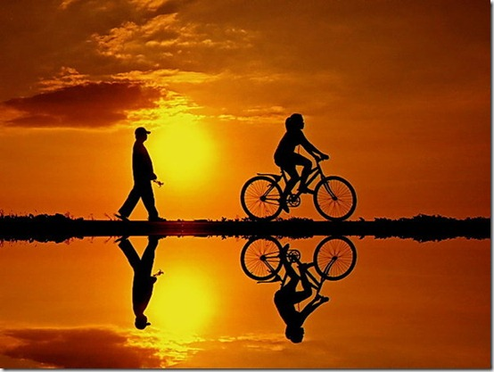 Sunset_Walk_by_hamkahatta