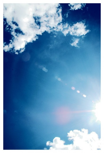 Blue_blue_sky_by_Eevee90