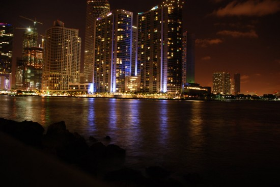 City Lights 1 by ArmindaIrene 550x367 Modern Photography: City Lights