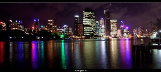 City Lights II by CrAzYmOnKeY 550x246 Modern Photography: City Lights