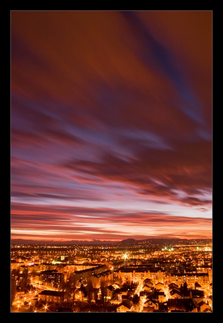 City Lights by RaVeN8472 448x650 Modern Photography: City Lights