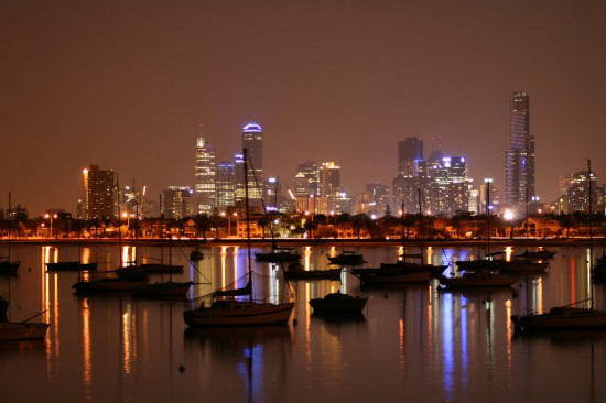 City of Lights by monteycarlos 550x366 Modern Photography: City Lights