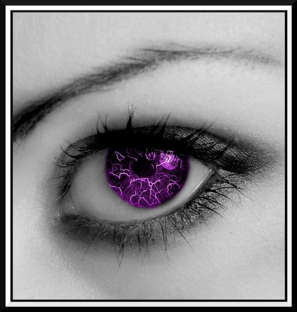 Eye_in_Purple_by_hitomebore