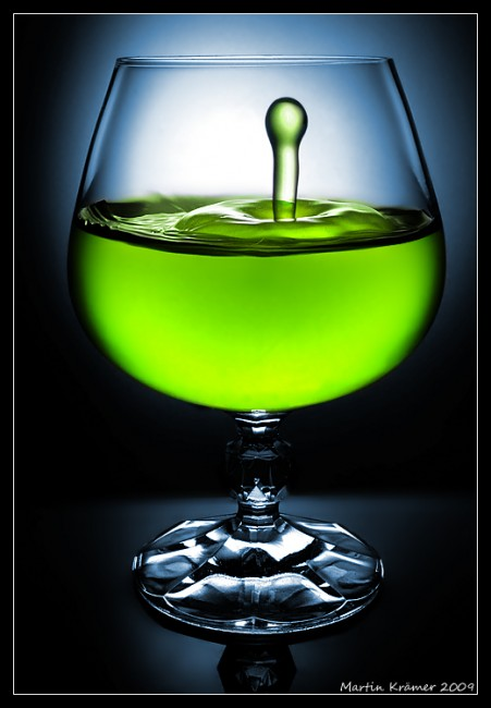 Glass_2_by_hquer