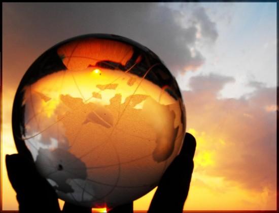Globe by OceanSoul23 550x421 26 Inspiring Digital Globes