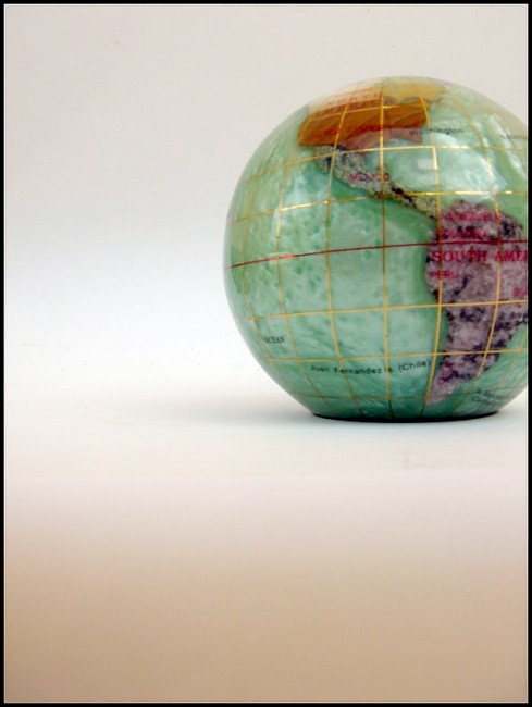 Globe by xhorsegirlx 489x650 26 Inspiring Digital Globes