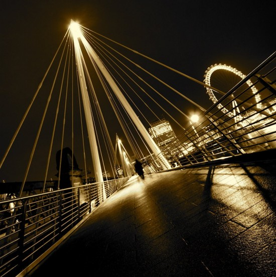 London City Lights part IV by sebastianwuttke 550x553 Modern Photography: City Lights