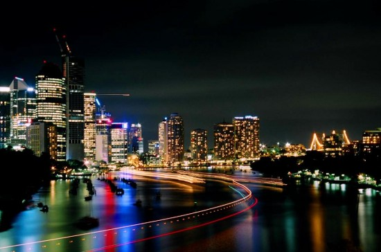 Night lights and Boat Trails by Footomch 550x364 Modern Photography: City Lights