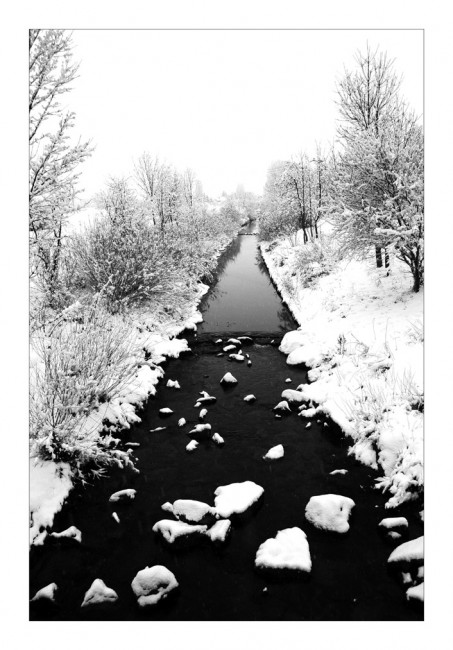 Snowy River Black and White by marble911 453x650 Stuning Black And White Photo Manipulations