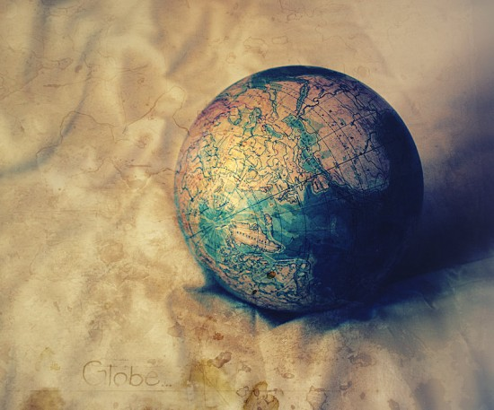 globe by Anti Pati ya 550x457 26 Inspiring Digital Globes