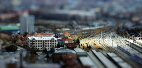 Ankara Fake Tilt Shift 550x264 47 Examples Of Tilt   Shift Photography