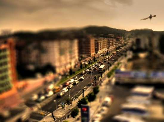 Barcelona Road Tilt Shift 550x412 47 Examples Of Tilt   Shift Photography
