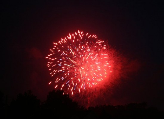 Fireworks by shutterbug101992 550x400 46 Inspirational Fireworks That Are Done In Photoshop