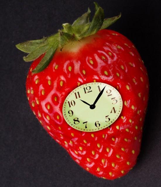 Strawberry_Clock_Fan_Art_by_hamishwood