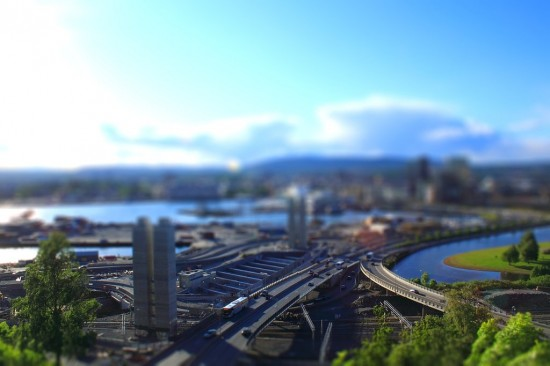 Tilt shift Oslo 550x366 47 Examples Of Tilt   Shift Photography